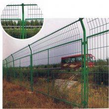 篮球场围网 优质护栏网厂家 防护栏哪家好