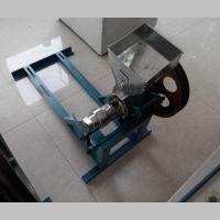 专业生产振德牌大米膨化机 多功能黑龙江空心棒食品膨化机