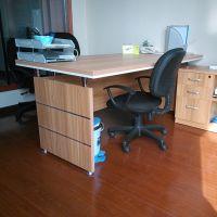 星瞬办公家具办公桌 单人经理主管桌 时尚简约现代 老板总裁桌椅