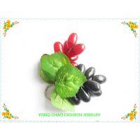 精美水果造型钥匙挂件供应 创意新奇九头圆葡萄造型钥匙环钥匙圈