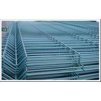 厂家直销北京通州区刺铁丝网 防盗护栏网 小区围栏批发价格