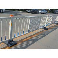 安装锌钢道路护栏、道路隔离栏杆、公路隔离网时应该注意的问题