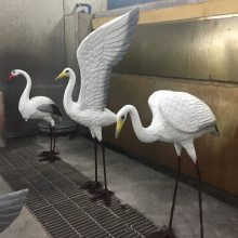 艺宇新品树脂丹顶鹤工艺品 商场专柜美陈摆设品 玻璃钢雕塑园林水景彩绘仙鹤
