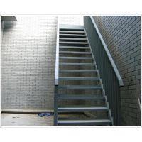 安平钢格板楼梯踏步板生产厂家