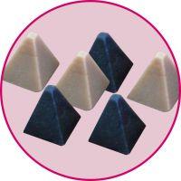 供应金字塔塑磨,出口型树脂磨料8*8mm,塑胶石