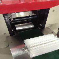 包装机 蛋黄派可充气包装机械 沙琪玛包装机械