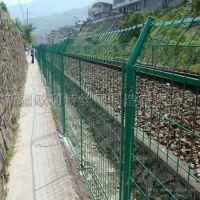 新疆欧利特供应高速公路护栏网 1.8m*3m 有现货