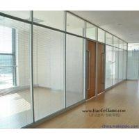 郑州钢化玻璃隔断/郑州做玻璃门/郑州隔断门安装