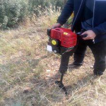 启航牌便捷式起树机 山地使用起树机 专业生产挖树机