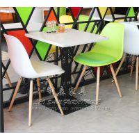龙胜厂家定制茶餐厅桌子 西餐厅餐桌椅 板式餐桌批发