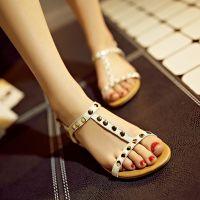 跑量款夏季新潮舒适真皮学生鞋 时尚铆钉露趾女凉鞋平底鞋