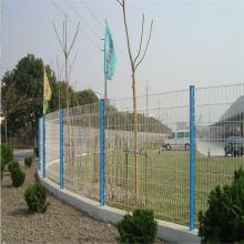 旺来框架围栏网 球场护栏网多少钱 桥梁护栏网