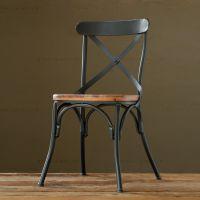 鸿辉 美式复古铁艺交叉靠背实木餐椅 创意休闲餐厅酒店家用椅子