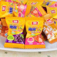 雅客V9酱心维生素果汁软糖结婚庆喜糖批发散装创意糖果500g约70颗