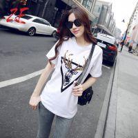 新款韩版显瘦显高挑白色均码女士T恤 简约大方休闲短袖打底衫 夏