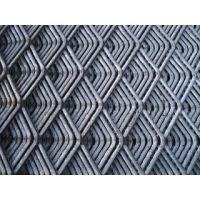 东北防滑菱形钢板网 艾昌100刀重型防滑钢板网供应商