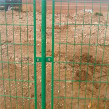 万泰围墙网 围墙铁丝网 价格便宜的铁丝护栏