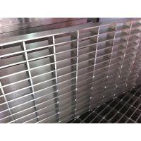 广西荣升钢格板供应各种型号的钢格板,下水道盖板,楼梯踏步板