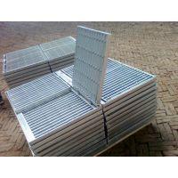 江门钢格栅护栏 热镀锌钢格栅护栏 钢格板优惠价格 订做各种规格