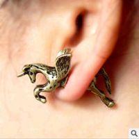 F57欧美精美饰品批发欧美大牌设计朋克复古独角兽马穿刺耳钉