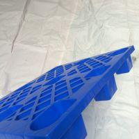 厂家直销深圳塑胶托盘单面九脚塑胶卡板全新料出货胶卡板防潮地台板超低价现货