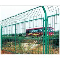 四川鑫海厂家大量供应高速公路护栏网、框架护栏网