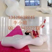 云朵造型休闲椅 玻璃钢现代创意休闲椅 商业中心美陈休闲椅 商场室内休闲椅定做