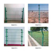 万泰铁丝网围栏 隔离网 仓库隔离栅栏