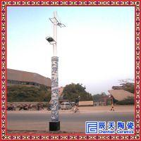 陶瓷灯柱定做 手绘釉下青花灯柱 室外景物照明灯柱供应