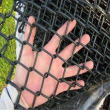 勾花护栏铁丝网 铁路围网图片 勾花隔离网