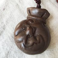 原创手工雕刻纯天然桃木项链蝙蝠福袋代代有钱辟邪福袋