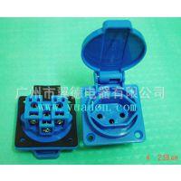 【促销】瑞士汽油发电机机柜装配式三孔接线防水插座10A PC材料