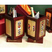 厂家直销上海高档商务礼品红木笔筒定做 旋转笔筒制作价格
