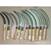 厂家低价供应各种规格的木柄塑料柄锯齿镰刀