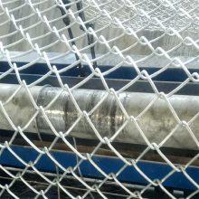旺来养殖用勾花网 篮球场勾花网 羽毛球场围网厂家