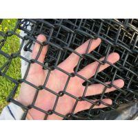 供应学校操场用勾花网护栏 菱形网护栏 体育场围栏网