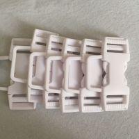 福建扣具厂直销箱包配件扣具塑料配件欣运