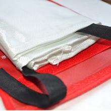 北京朝阳各种规格高级玻璃纤维1*1、1.5*1.5防火毯、灭火毯 厂家直销