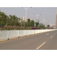 昆明道路护栏、云南市政道路隔离栏厂家、中央隔离栏价格