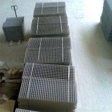 不锈钢电焊网片 钢丝格栅网 镀锌钢丝网厂家