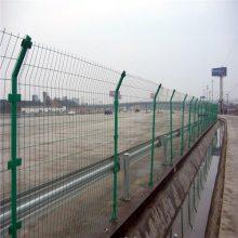 万泰铁丝围栏网 车间仓库隔离网 施工工地护栏网