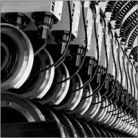 亚博精工专业提供造纸分切复卷机180园刀190园刀剪切式刀架