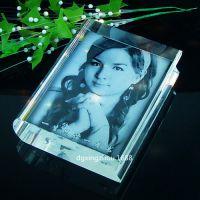 星州激光水晶玻璃内雕人物影像摆件 水晶三维立体内雕