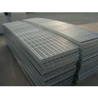 供应钢格板,格栅板,楼梯踏步,平台板