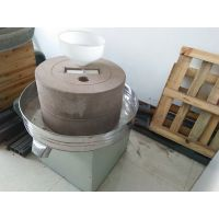 小型磨香油机电动芝麻酱、辣椒酱石磨机、石磨豆浆机