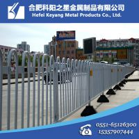 【厂家直销】供应静电喷塑钢质市政护栏 交通道路广告隔离防护栏