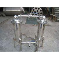 氧气过滤器是专为制氧管网设计的一种特殊过滤器,过滤器同分流锥、过滤网管组成,水流推力主要起到气体分流
