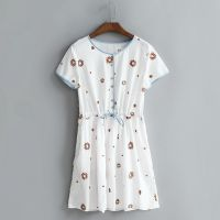 外贸原单15夏季女装新款日系小清新彩色刺绣园领收腰连衣裙