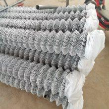 南京1.5-3毫米边坡防护镀锌勾花网厂家-植草喷播菱形活络网新一波行情报价
