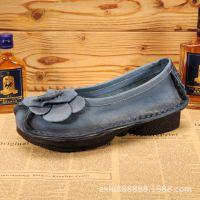 个性女鞋 新款2015 潮手工绣花鞋妈妈鞋真皮单鞋平底舒适宽脚软底